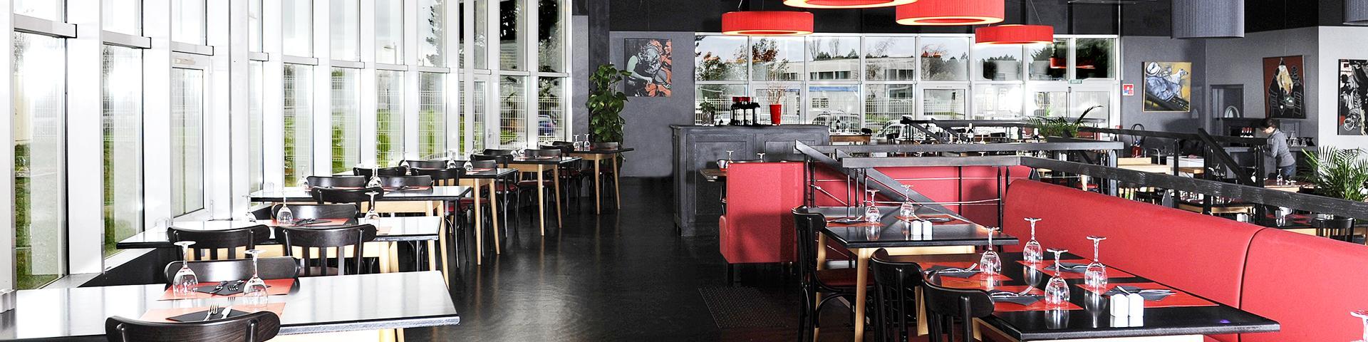 Salle de L'entrepôt : restaurant et traiteur à Lannion